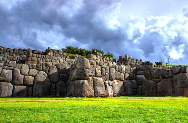 cusco-city-tour-sacsayhuaman-inca-site
