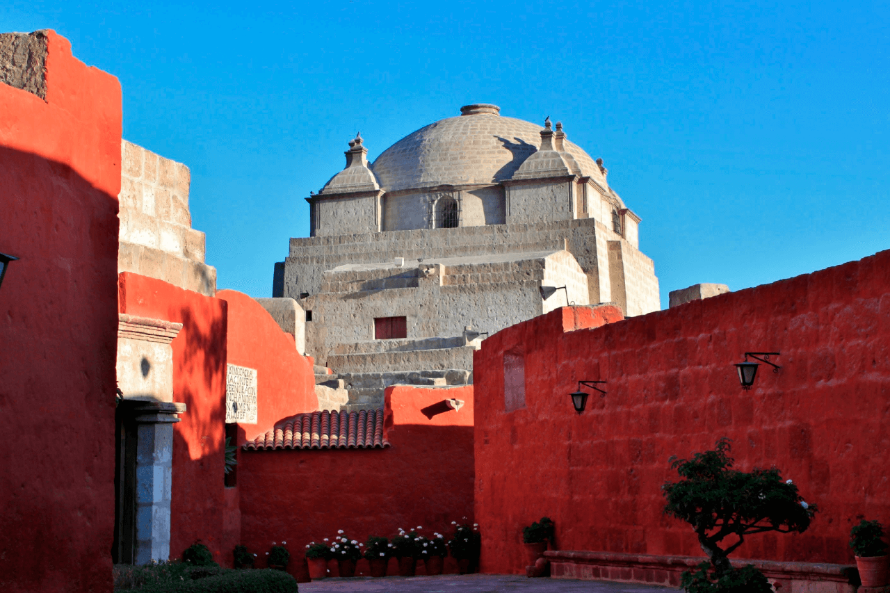 Passeio a pé pela cidade de Arequipa + Mosteiro